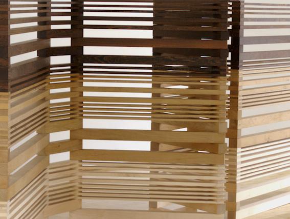 Helga Weihs, 7 Wände (Ausschnitt), 2005, Holz/Stahl